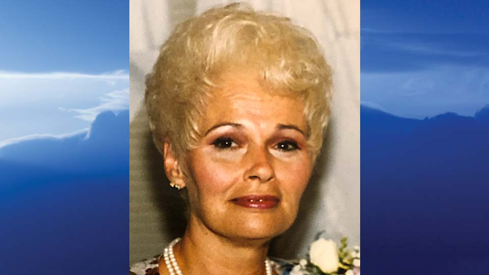 Gloria J. Suckow, Niles, Ohio-obit