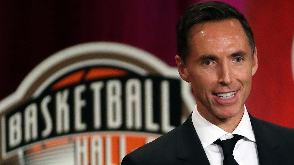 Steve Nash speaks during induction ceremonies at the Basketball Hall of Fame, in Springfield, Mass.
