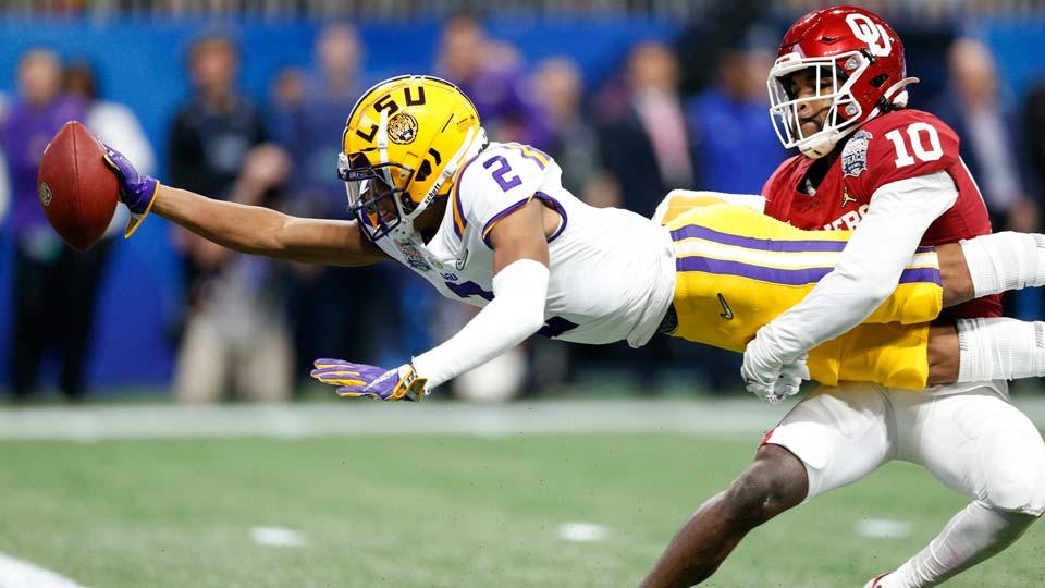 LSU wide receiver Justin Jefferson (2)