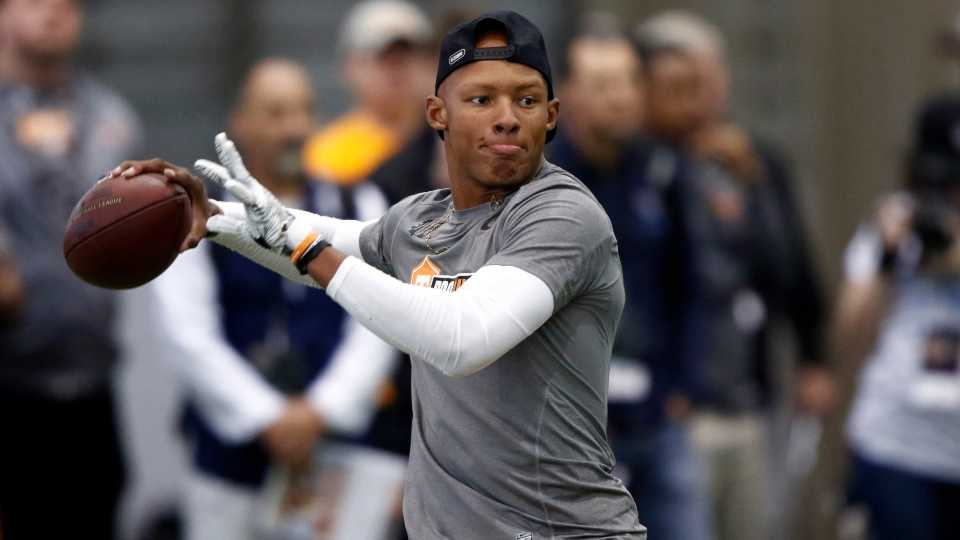 Quarterback Josh Dobbs and safety Sean Davis have reunited with the Pittsburgh Steelers.