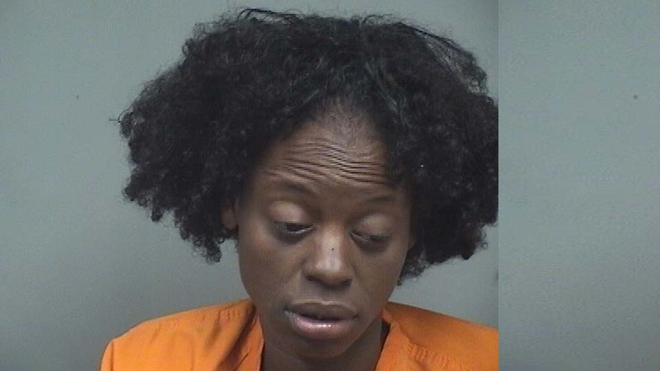 Raeshawna Underwood, charged with resisting arrest and obstructing in boardman.