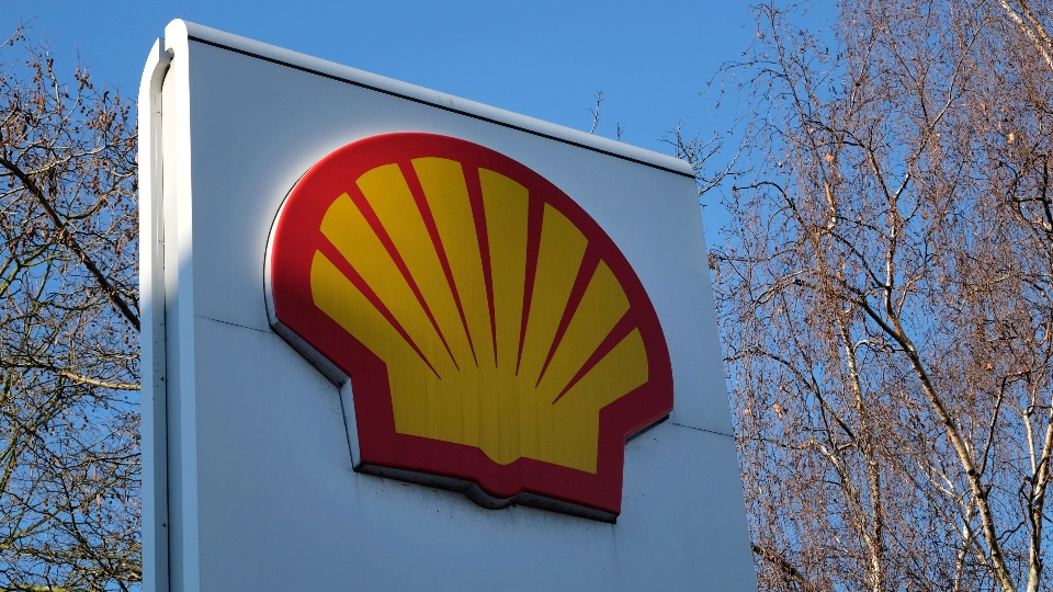 This Wednesday, Jan. 20, 2016 file photo, shows the Shell logo at a petrol station in London.
