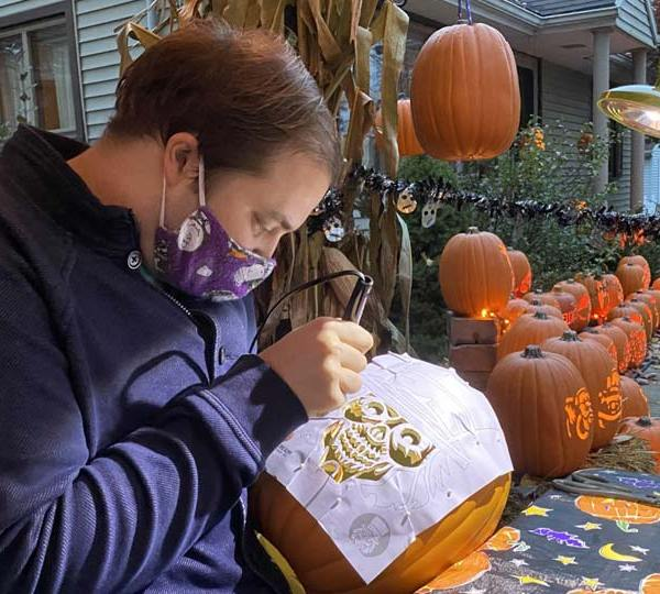 A local actor has been spending his time carving pumpkins for everyone to see at his home in Poland.