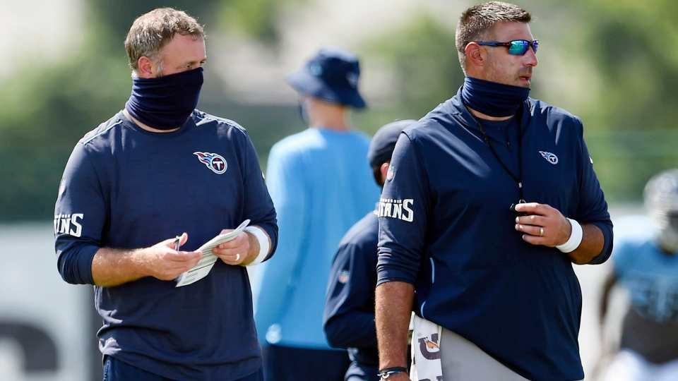coach Mike Vrabel, linebacker coach Shane Brown, Tennessee Titans