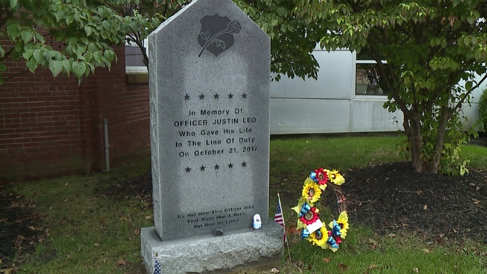 Grave of late Girard Officer Justin Leo