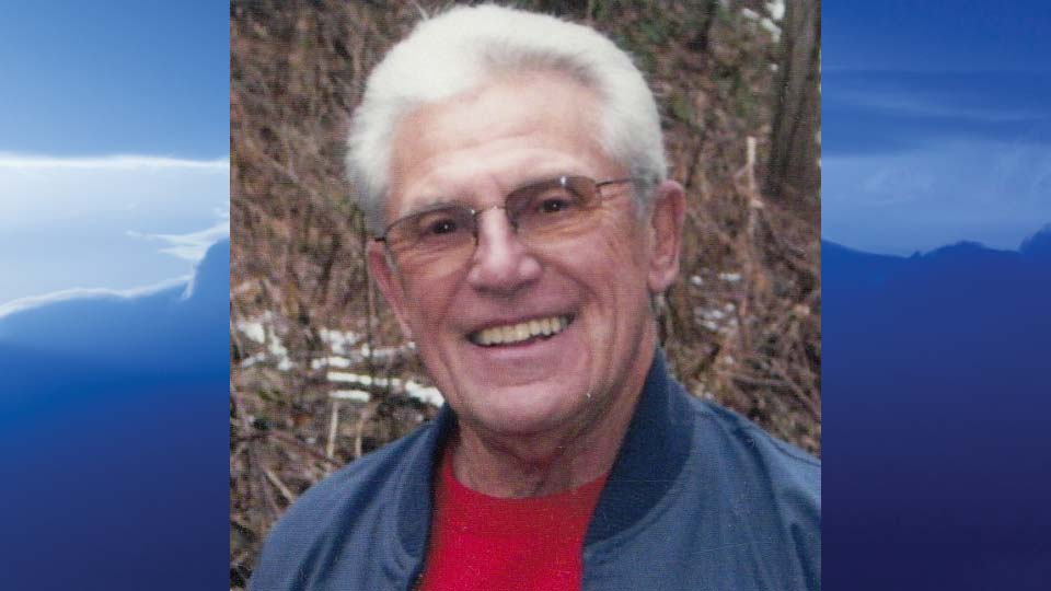 James H. Whitacre, New Waterford, Ohio - obit
