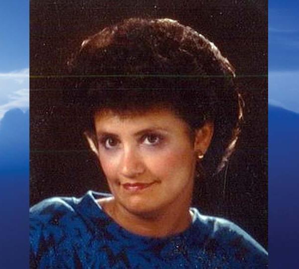 Janet E. Dellagnena, Poland, Ohio-obit