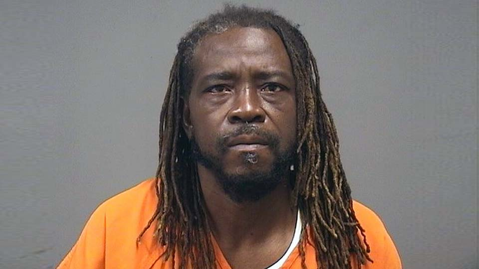 Oliver Smith, charged with weapons under disability, youngstown.