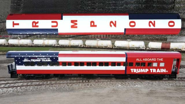 All Aboard Trump Train In Lordstown Shows Support For President Wkbn Com