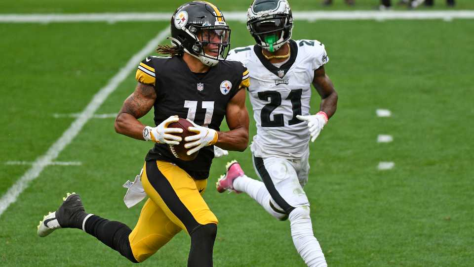 Pittsburgh Steelers wide receiver Chase Claypool (11) beats Philadelphia Eagles strong safety Jalen Mills (21) to the end zone for a touchdown during the first half of an NFL football game in Pittsburgh, Sunday, Oct. 11, 2020.