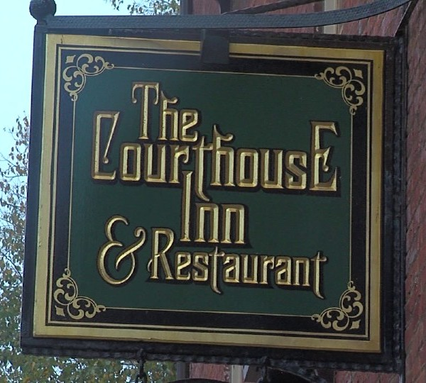 The Courthouse Inn and Restaurant in Lisbon