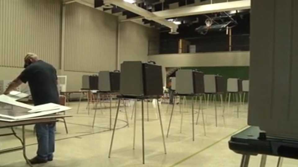 The Trumbull County Board of Elections has started setting up polling locations ahead of Tuesday's General Election.