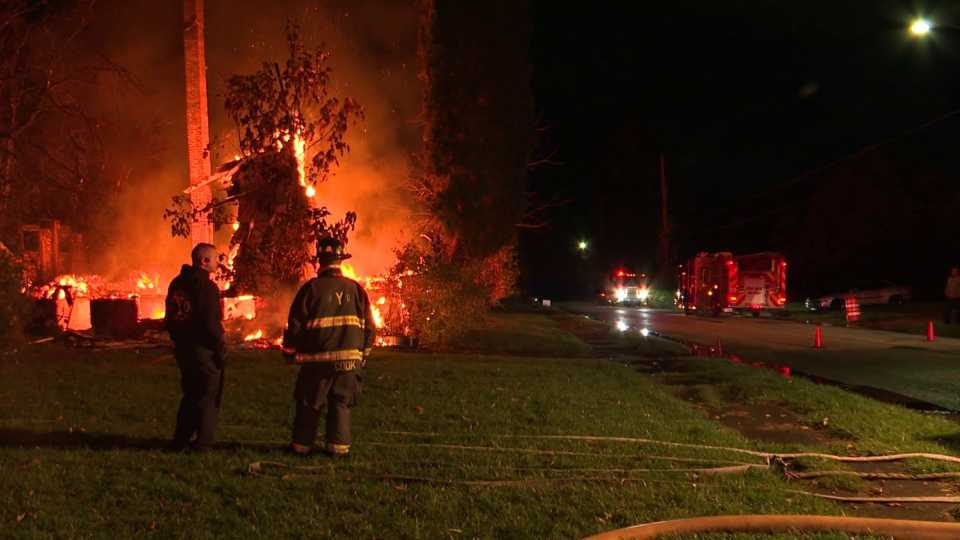Youngstown vacant house fire