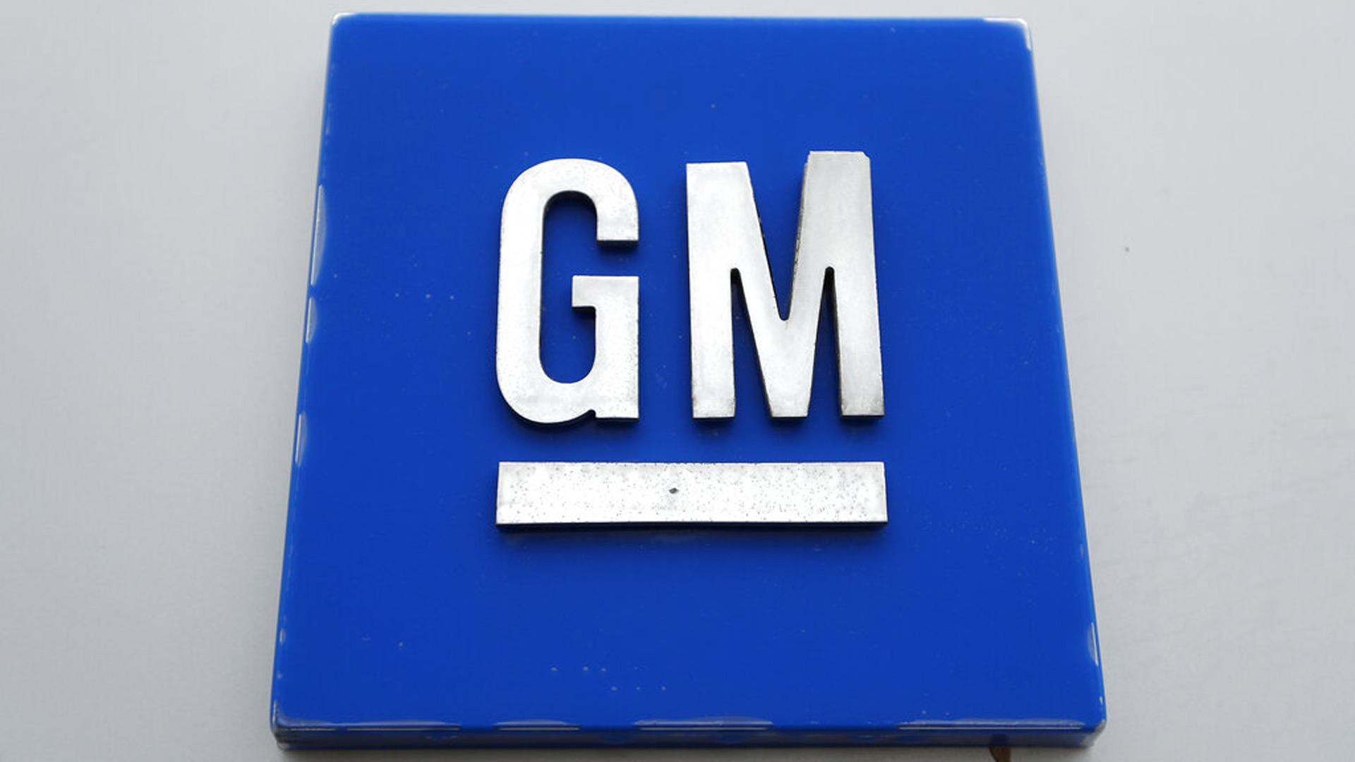 This Monday, Jan. 27, 2020, photo shows the General Motors logo.