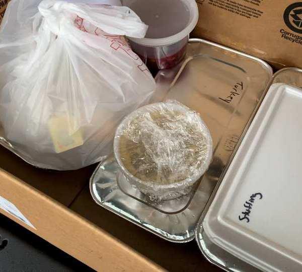 Boardman Nissan Thanksgiving food distribution