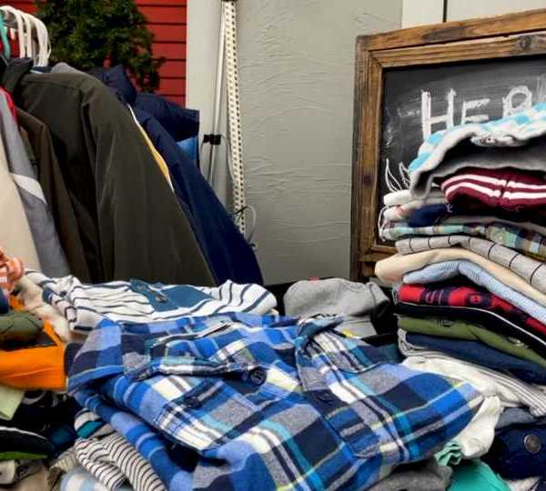 A Salem nonprofit Nina's Closet collects clothes for kids for winter