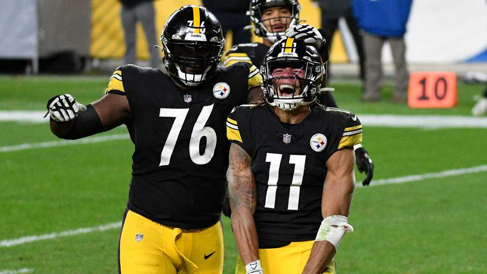 Pittsburgh Steelers wide receiver Chase Claypool (11) celebrates with Chukwuma Okorafor (76) his scoring on a 5-yard touchdown pass from quarterback Ben Roethlisberger during the second half of an NFL football game against the Cincinnati Bengals in Pittsburgh, Sunday, Nov. 15, 2020.
