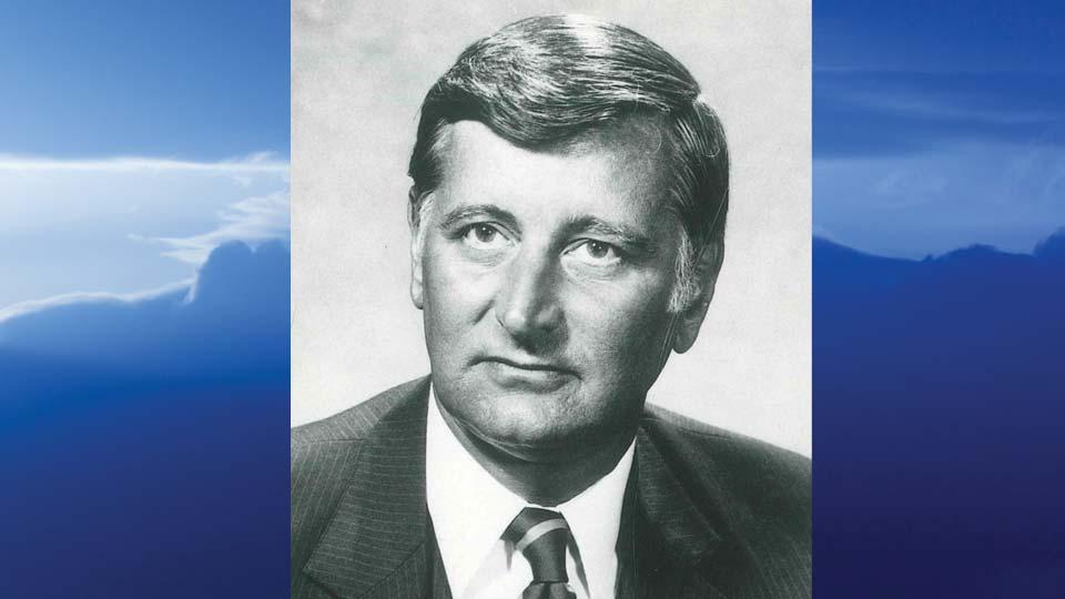 John F. Fox, Warren, Ohio - obit