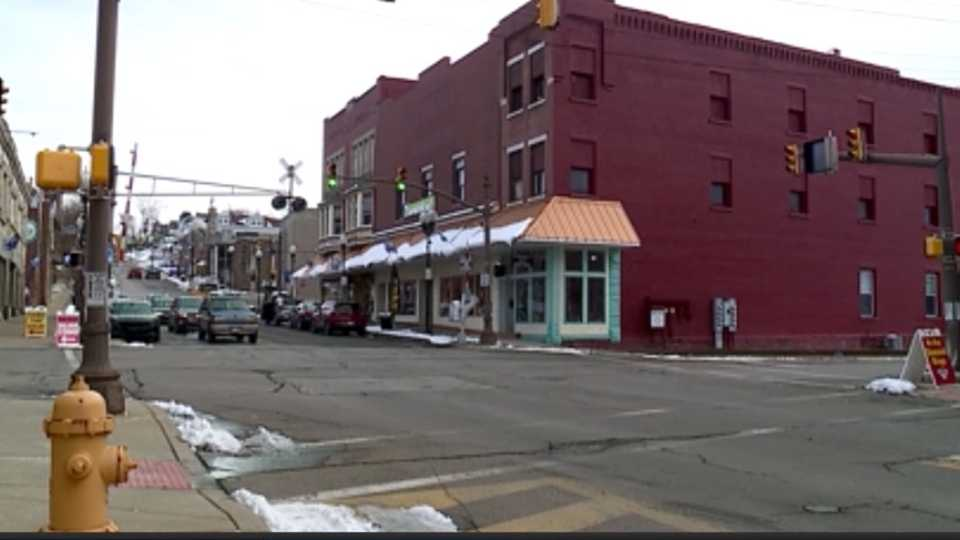 Local shops and merchants in the Shenango Valley are hoping a new holiday shopping idea will help struggling businesses that have been hurting because of the pandemic.
