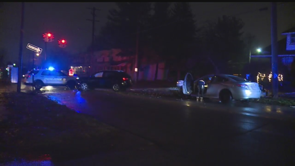 Youngstown west side three vehicle accident