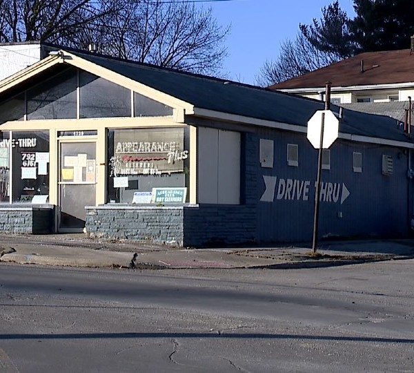 Appearance Plus dry cleaners in Youngstown