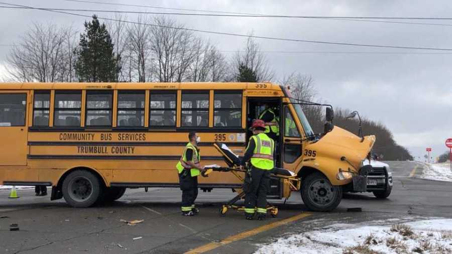 Bus crash in Brookfield 1