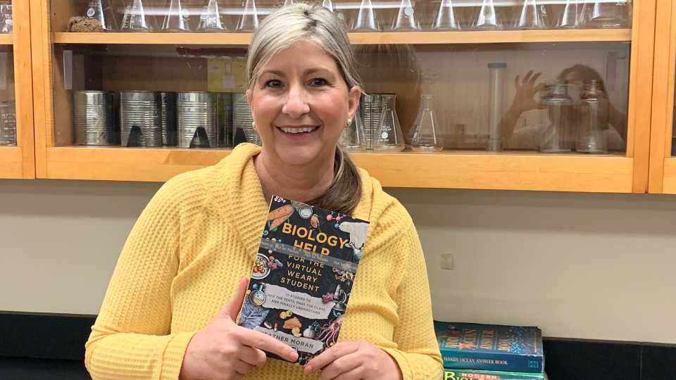 There's a new biology book to help students with virtual learning, and it was written by a Boardman teacher.