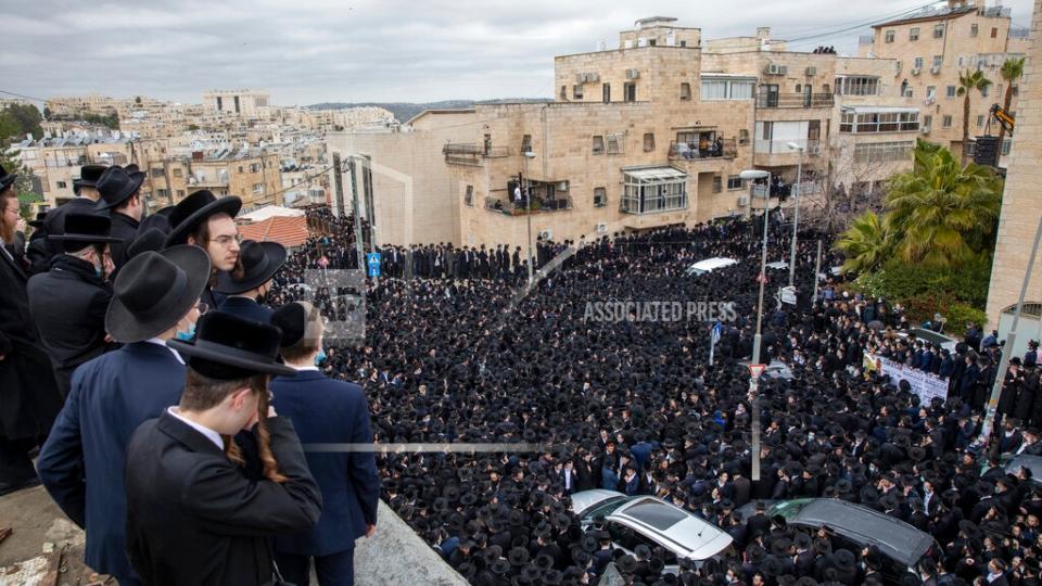 Jerusalem funeral COVID-19