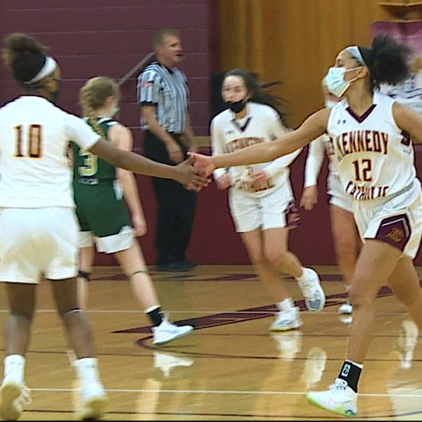 The Golden Eagles were led by Bellah DiNardo with a game-high 23 points in a 63-53 win Wednesday