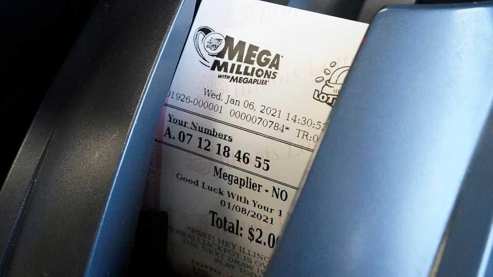 1 Billion Up For Grabs Between Mega Millions Powerball Drawings Wkbn Com