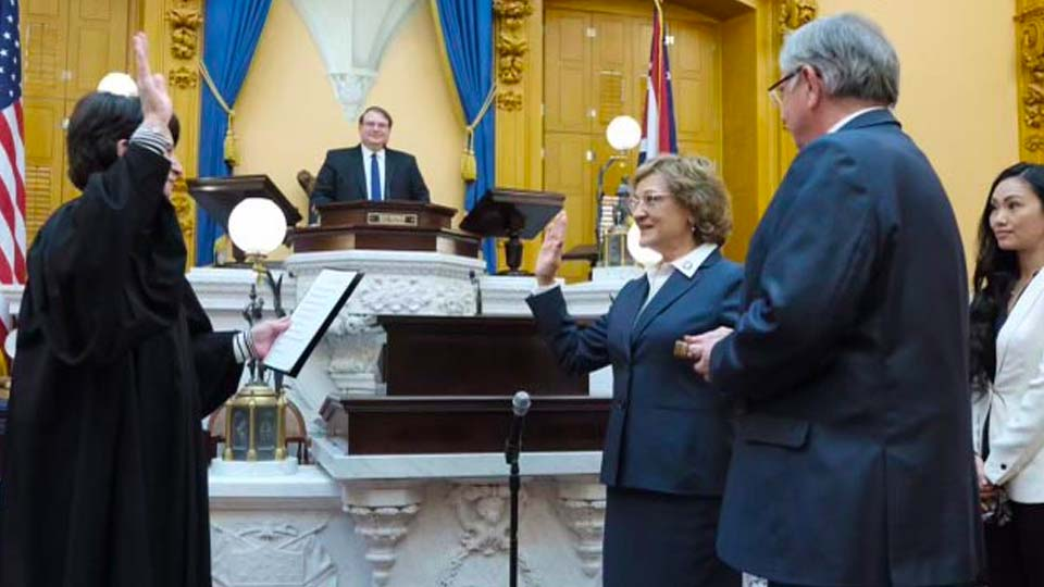 Sandra O'Brien Sworn in as a Member of the Ohio Senate