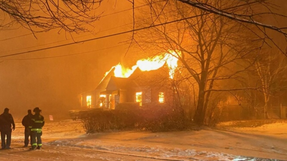 Vacant house fire on Almyra Avenue in Youngstown