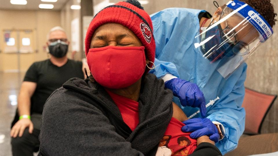 Washington racial divide vaccines