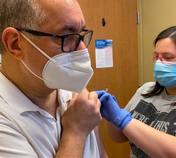 WKBN's Gerry Ricciutti gets COVID-19 vaccine.