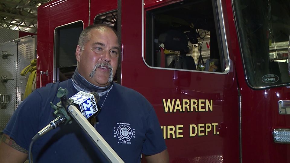 The long-time president of Warren Professional Firefighters Union is stepping down.