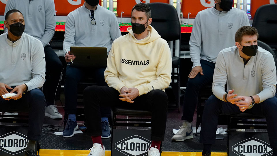 Injured Cleveland Cavaliers forward Kevin Love