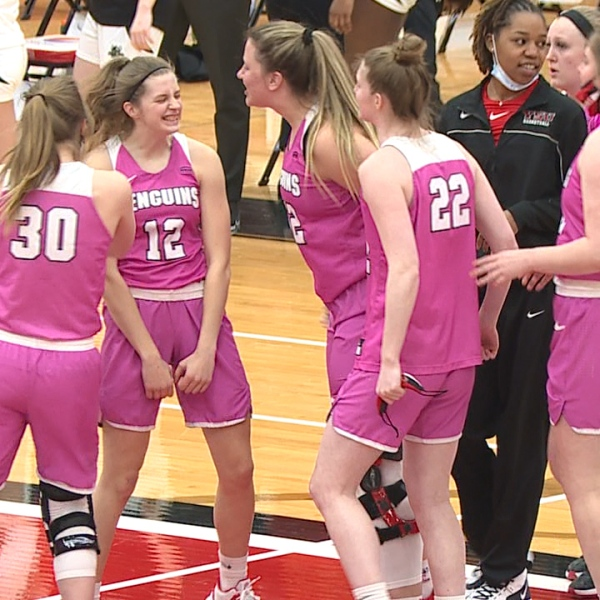 The Penguins finish with a 9-7 record as they look ahead to the Horizon League Tournament next week