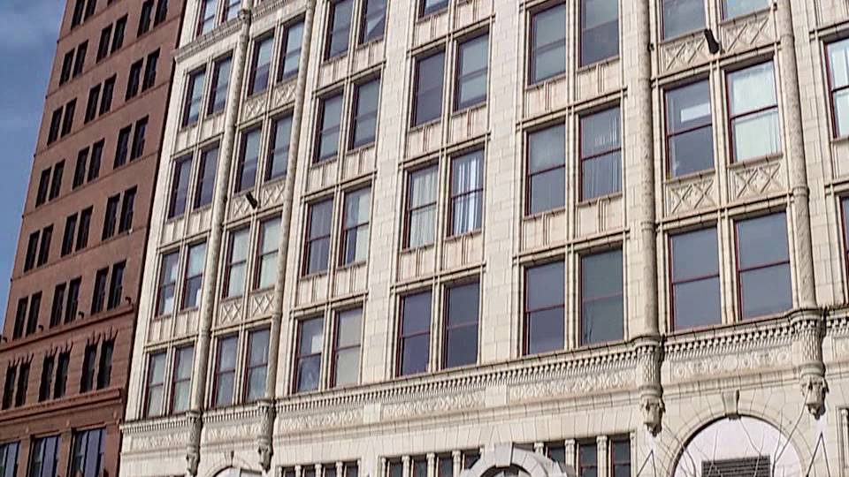 Youngstown City Council gave approval Wednesday to seek bids for a downtown Youngstown property.