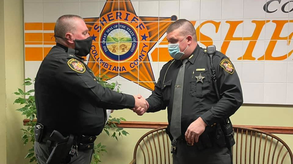Columbiana County Sheriff Deputy receives award