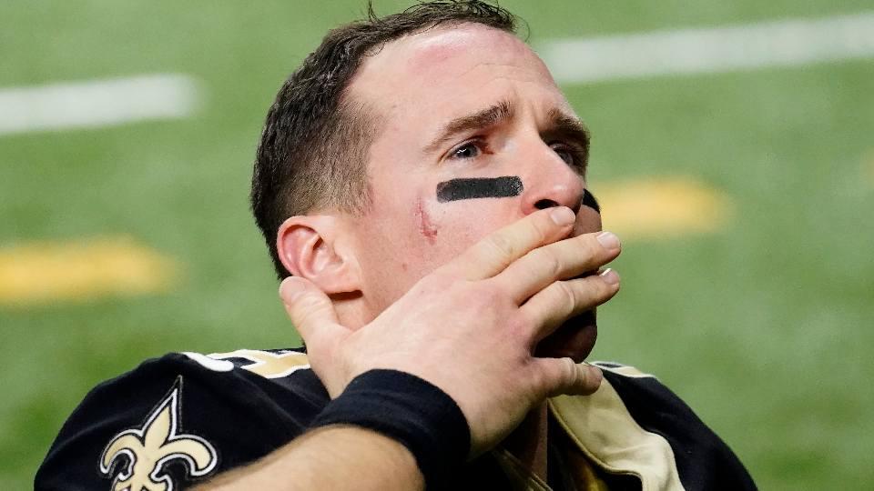 New Orleans Saints quarterback Drew Brees announces retirement.