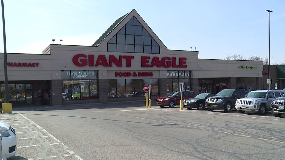 Giant Eagle is hosting a big two-day hiring event in the Mahoning Valley.