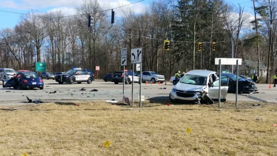 Route 82 crash in Howland