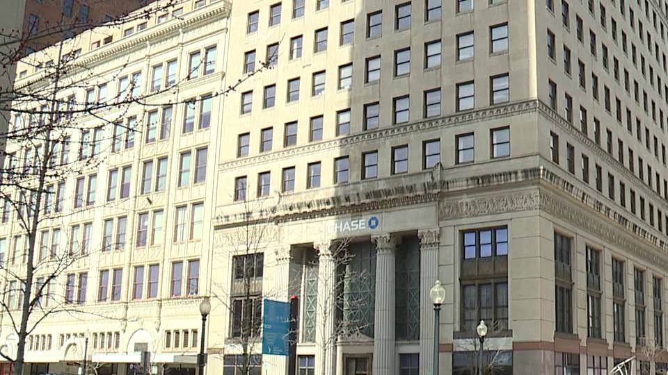 One of downtown Youngstown's skyscraper buildings will be auctioned off, and it's hoped whoever buys it will add to the redevelopment of downtown.