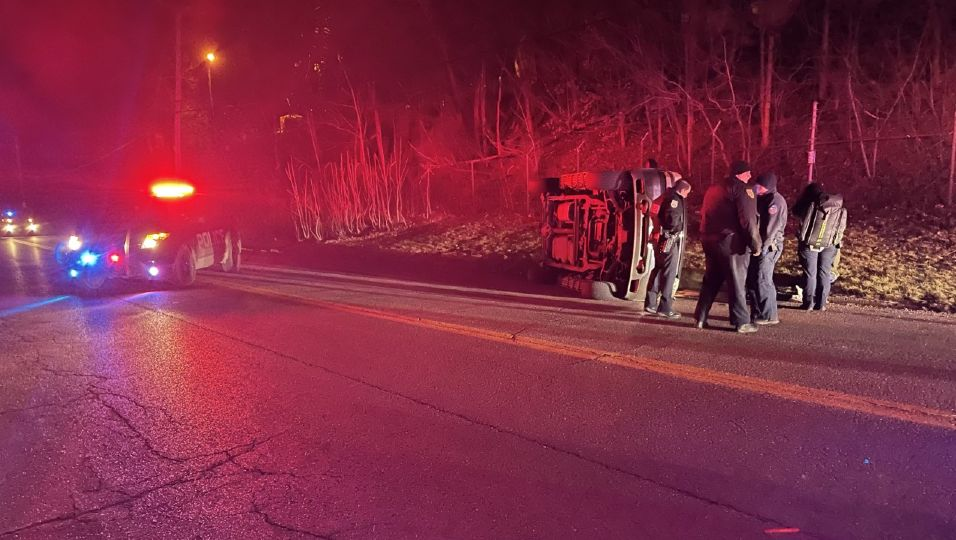 A crash has closed a Portion of Poland Avenue in Youngstown.
