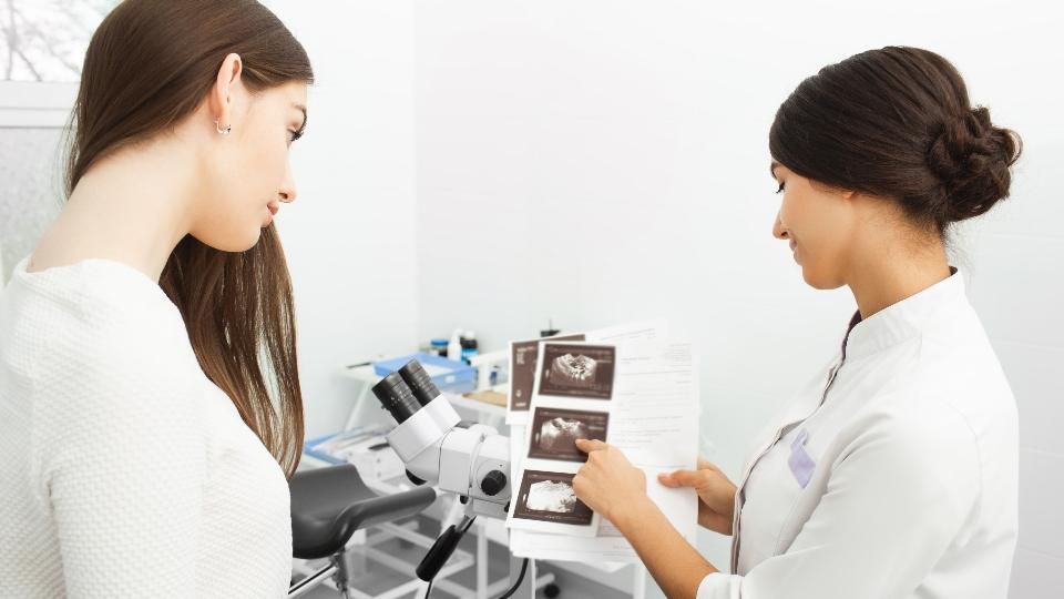AdobeStock_349477996_Peakstock_women's_health