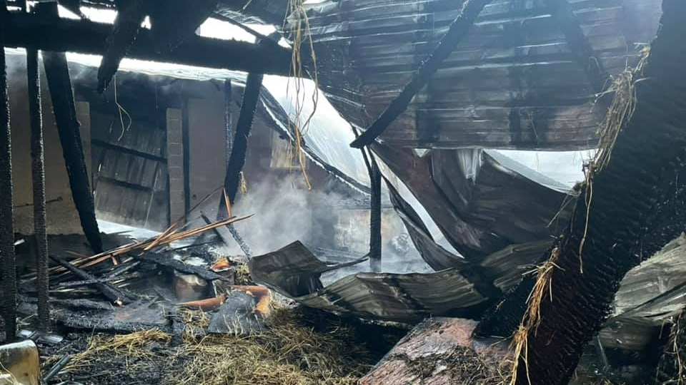 Barn fire, Farmington Township