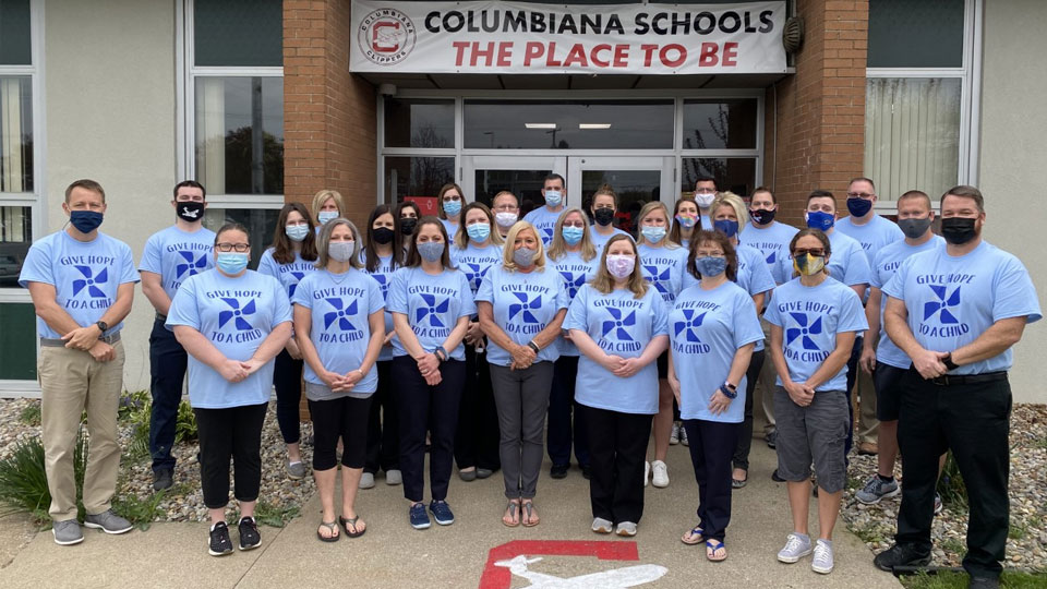 Columbiana Schools wear blue