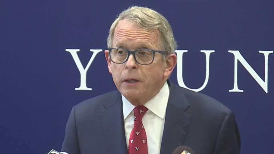 Gov. Mike DeWine at Youngstown Covelli Centre vaccination clinic.