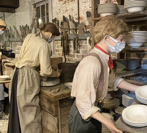 At one point in time 50% of American dinnerware was produced in East Liverpool. (2)