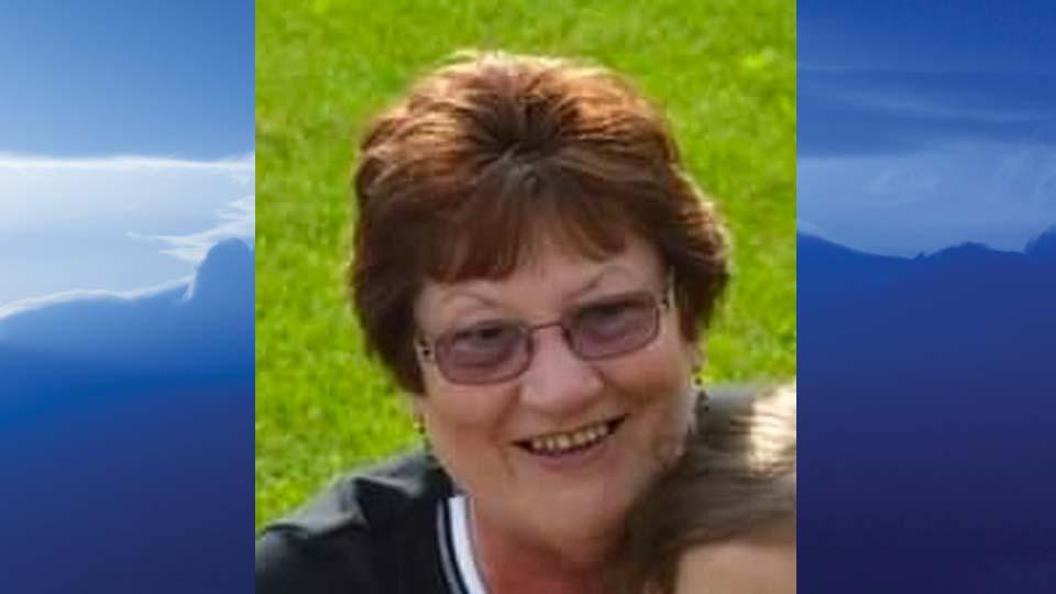 Patricia E. Hall, Columbiana, Ohio - obit